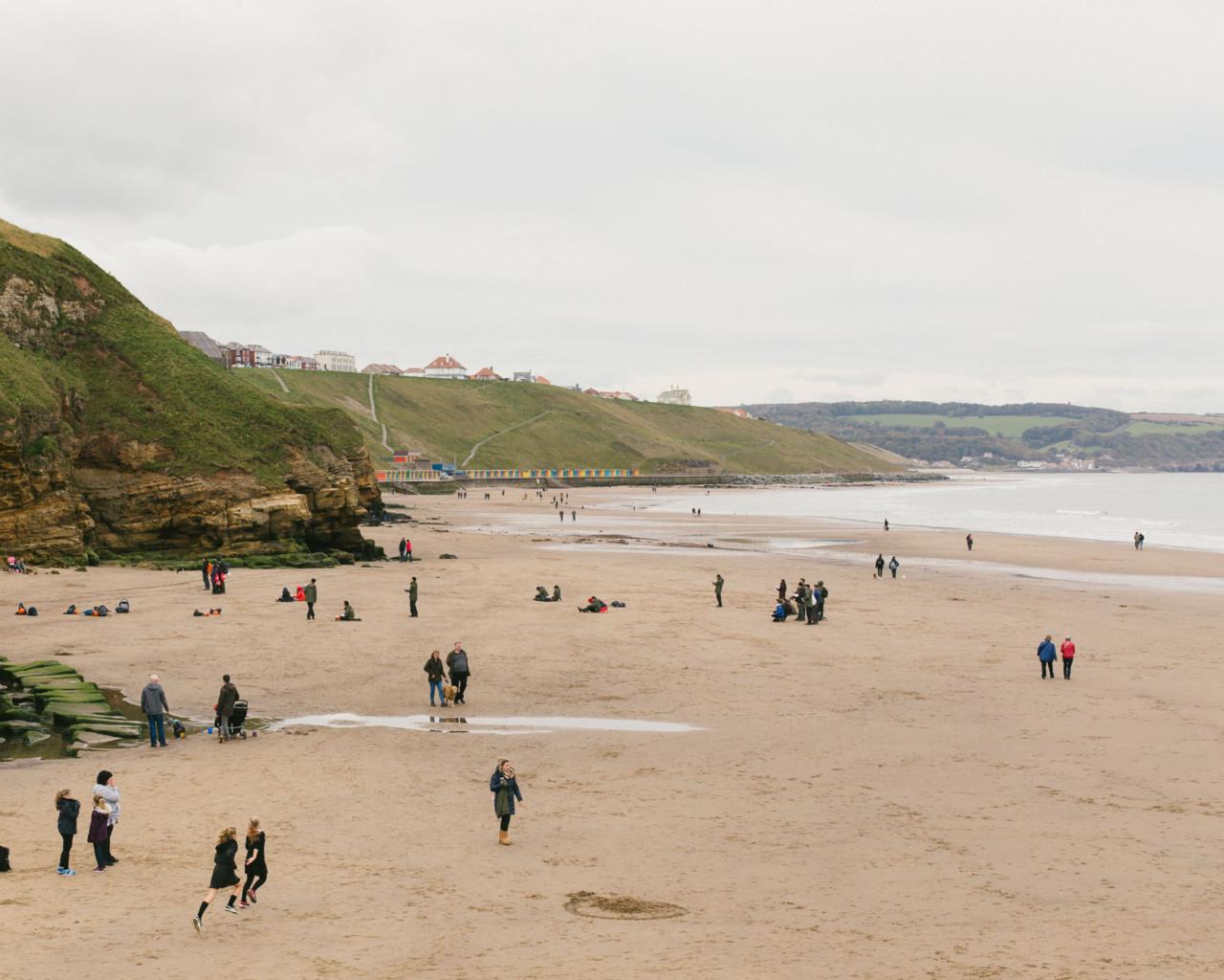 Continu-um; a photographic duo. England's Coast / Hertz